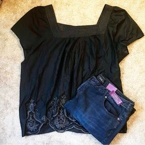 Harve Benard Black Lace Embroidered Blouse Plus
